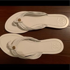 Women's white Tory sandals- Great condition!